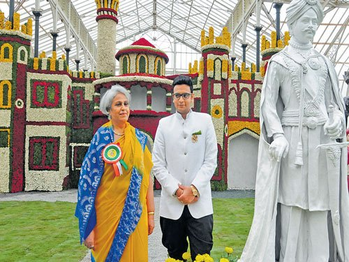 Royal touch to I-Day flower show
