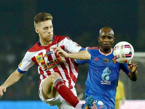 Doutie hits brace as Kolkata thrash Goa 4-0 in ISL
