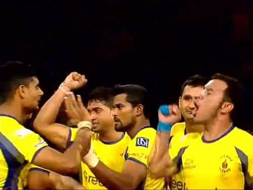 Telugu Titans steal march over Jaipur Pink Panthers