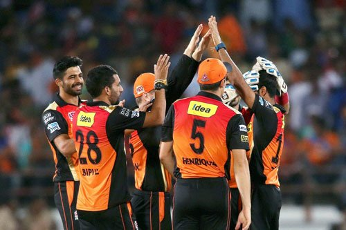 Hyderabad win toss, elect to field against Punjab in IPL
