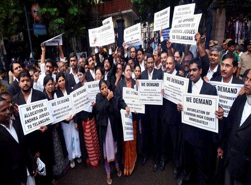 CJI Thakur asks Telangana advocates to withdraw strike
