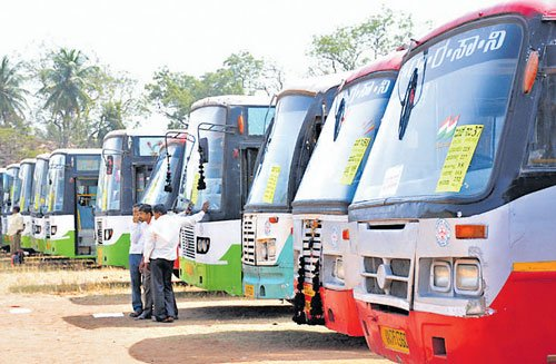 4 KSRTC buses stoned, driver threatened