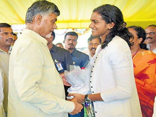 Telangana, AP try hard to appropriate Sindhu