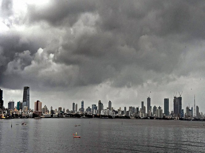 Mumbai set to become hotter by 2100: study