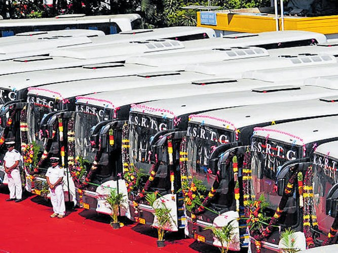 KSRTC special buses to clear extra rush