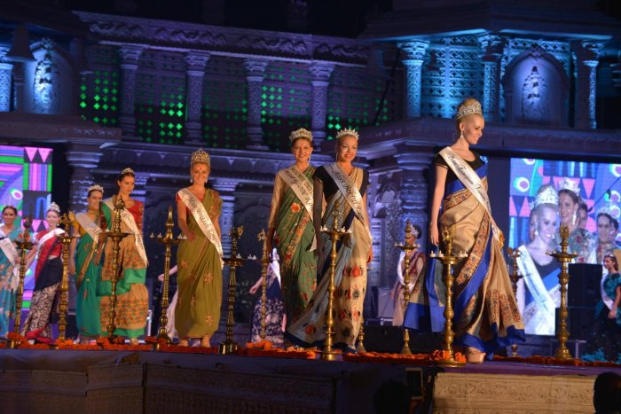 Hampi Utsav comes alive as sizzling Miss Worlds walk the ramp