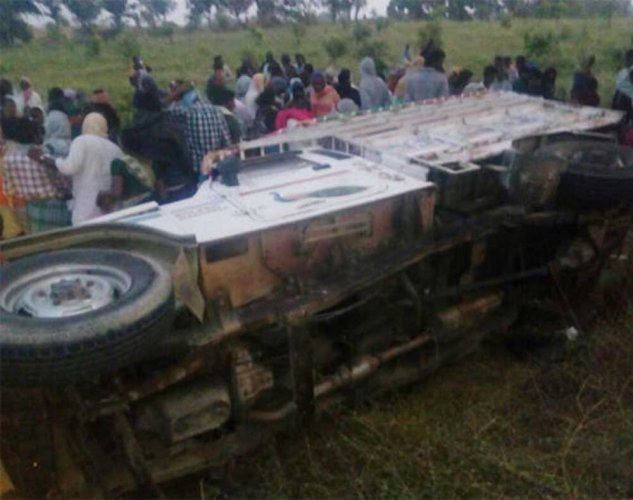 Six dead in a road accident in Telangana