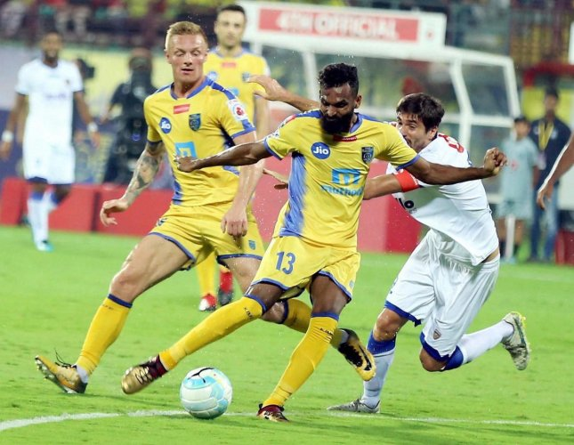 Chennaiyin hold Blasters