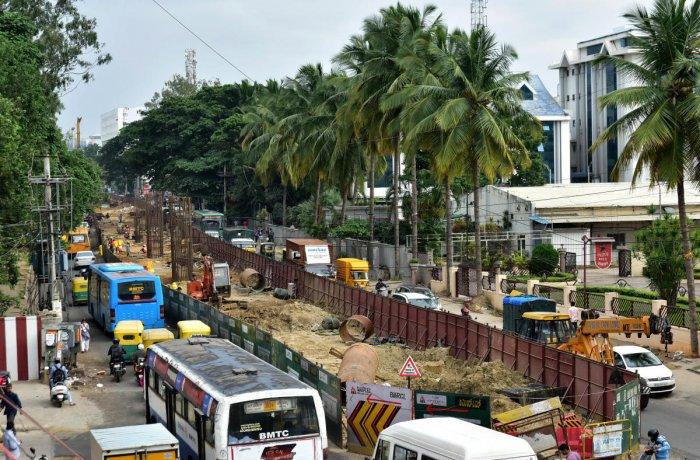 Namma Metro work in progress at the Bannerghatta Road near IIMB in Bengaluru. DH FILE PHOTO