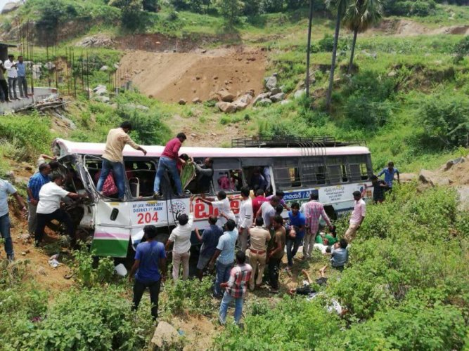 The bus which was coming down from Kondagattu Hanuman temple, a very famous pilgrimage in Telangana, was fully packed when the accident occurred.
