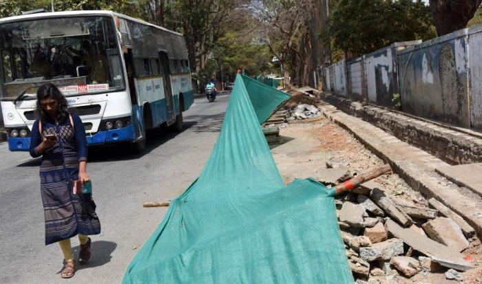 CHAOS BEFORE THE CALM: The TenderSURE work has begun on Margosa Road in Malleswaram. DH PHOTO/B H SHIVAKUMAR