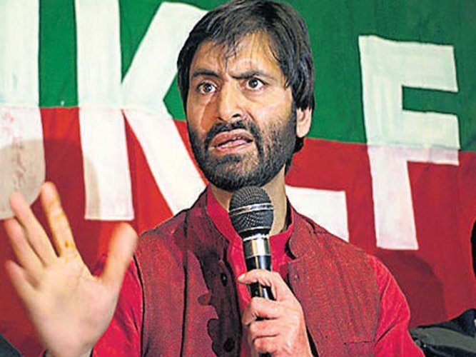 During the intervening night of February 22 and 23, police arrested pro-independence JKLF chief Yasin Malik, chief of Jama'at-e-Islami (JeI), a politico-religious organisation, and dozens of other middle rung separatist leaders. (File Photo)