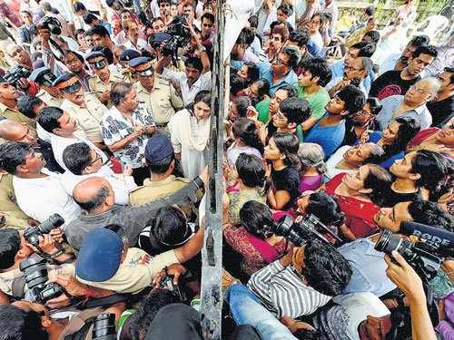 Campa Cola: Complaint filed against defiant residents