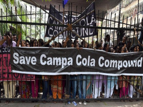Campa Cola residents knock Prez door; seek legitimate FSI for flats from CM
