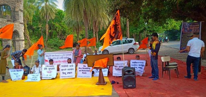 Protests outside the Vasai fort near MumbaiPics: Mrityunjay Bose