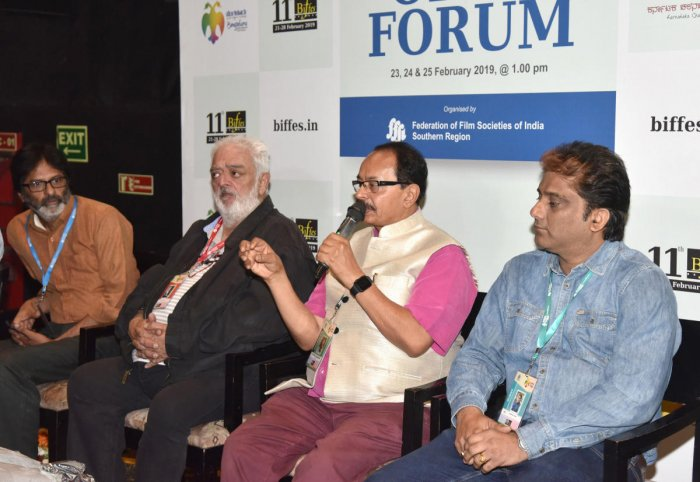 (From left) Filmmakers Sudarshan Narayana, Rahul Rawali,Nagathihalli Chandrasekhar and Somendra Harsh discussed the role of film festivals and the need to promote its culture on an international level. dh photos by S K Dinesh