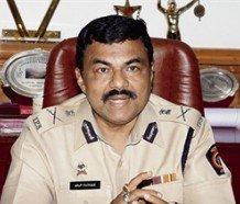 Mumbai police chief Patnaik shunted out