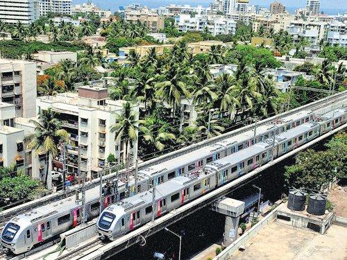 Mumbai Metro to chug today amid fare row