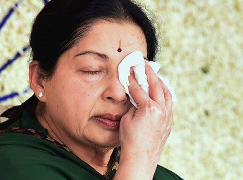 K'taka govt moves SC against Jayalalithaa's acquittal