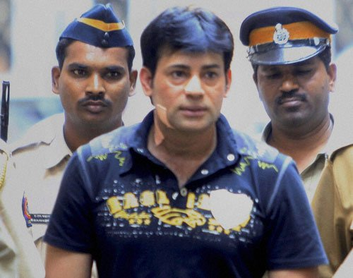 Didn't go to Sanjay's house and give him weapons in `93: Salem