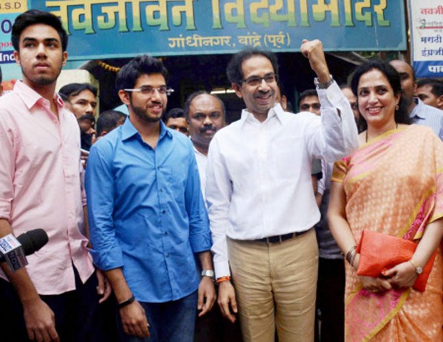 55 pc polling in Mumbai civic poll, up by 10 pc from 2012