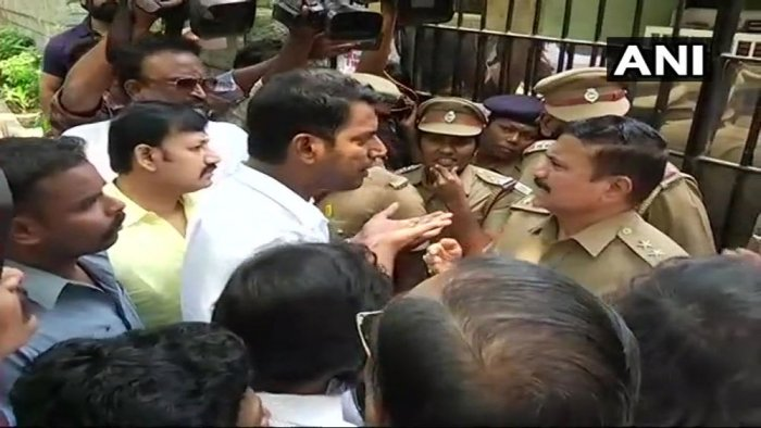 High drama prevailed outside the TFPC office on Thursday morning when Vishal arrived along with a few other producers and tried to enter his office by breaking the lock. However, police stopped the actor from breaking open the lock and detained him after he was in no mood to listen to the men in khaki.  ANI Photo