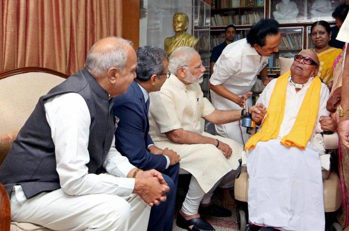 Prime Minister Narendra Modi visiting the ailing DMK President M Karunanidhi. (PTI file photo)
