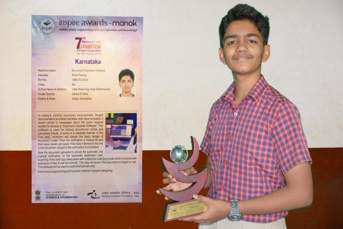 Krish Pandey with the award.