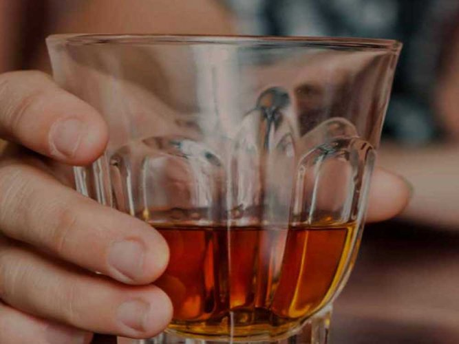 Deaths of over 155 persons after consuming toxic country liquor in Assam has prompted the National Human Rights Commission (NHRC) to call for an effective mechanism to curb the menace of illicit country liquor in the country. File photo
