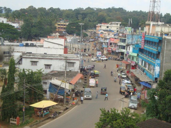 A view of Kushalnagar town.