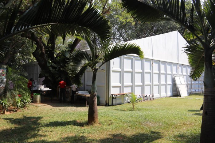 A prefabricated structure is set up on the grounds of the Lalith Ashok Hotel in the city to house exhibits brought in by Asean delegates on Tuesday.