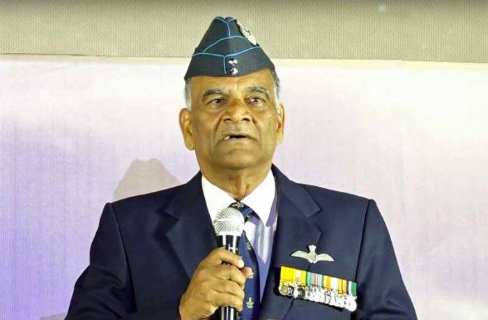 Air Marshal S Varthaman (retrd) shares his experience during the music launch of Tamil movie Kaatru Veliyidai. (Video grab)