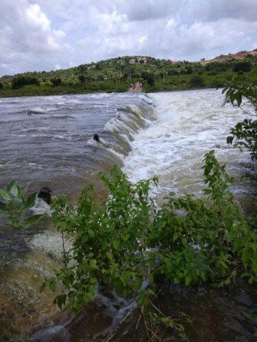 Arkavathy River originates in Nandi Hills on the northern outskirts of Bengaluru.