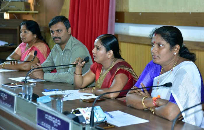 President Meenakshi Shanthigodu speaks during the Zilla Panchayat special meeting in Mangaluru on Wednesday.