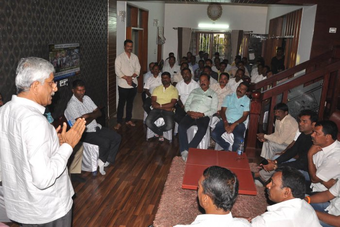 BJP leader and a ticket aspirant for the upcoming Lok Sabha election from Udupi-Chikmagalur constituency, Jayaprakash Hegde takes part in a meeting with BJP leaders, at City Municipal Council president K M Shilpa Rajashekhar's residence on Friday evening.