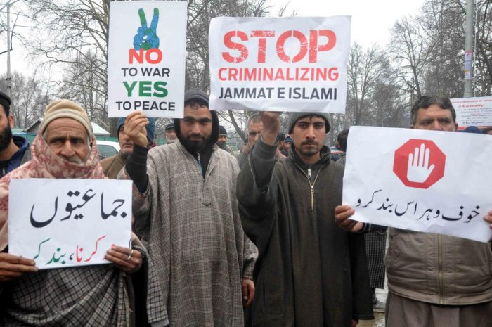 PDP workers protest in Srinagar against the ban on Jamaat-e-Islami on Saturday in Srinagar. (Photo by Umer Asif)