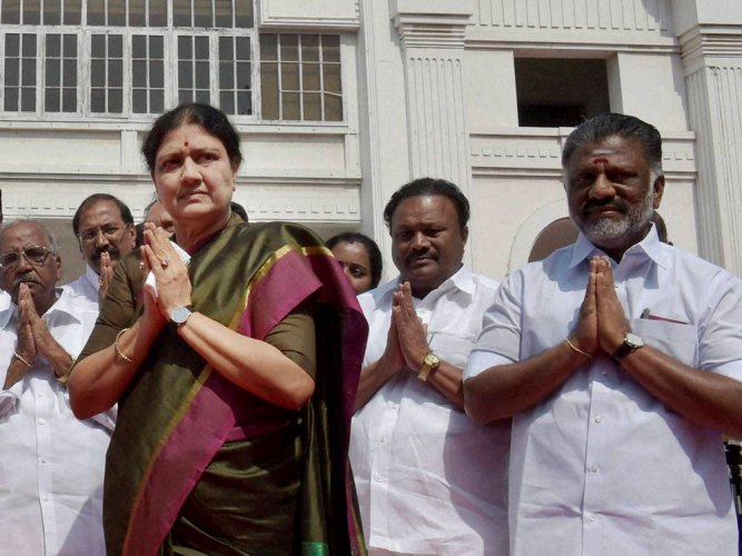 Sasikala elected leader by AIADMK MLAs, set to be CM