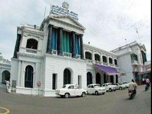 Chennai MLA says he will vote against Palaniswami govt