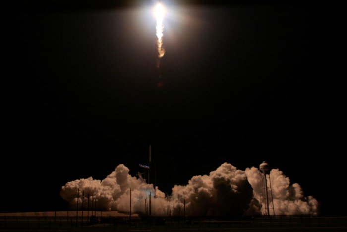 A SpaceX Falcon 9 rocket, carrying the Crew Dragon spacecraft, lifts off on an uncrewed test flight to the International Space Station from the Kennedy Space Center in Cape Canaveral, Florida, U.S., March 2, 2019. REUTERS/Joe Skipper