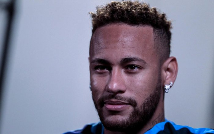 ON A COMEBACK TRAIL: Brazli's Neymar is recovering from a metatarsal problem he suffered six weeks ago. AFP File Photo