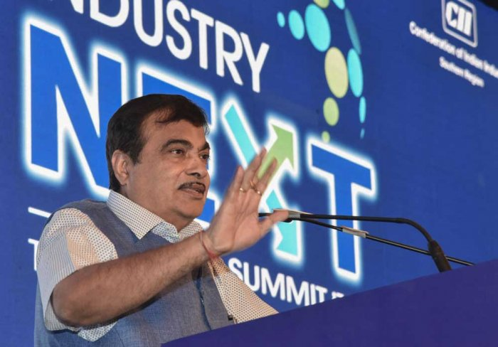 Union minister Nitin Gadkari said that the Kulai fisheries jetty will benefit 4500fishermen in the region. The annual production capacity of the jetty is 27000 tonne and would bring revenue of Rs 170 core. (DH File Photo)