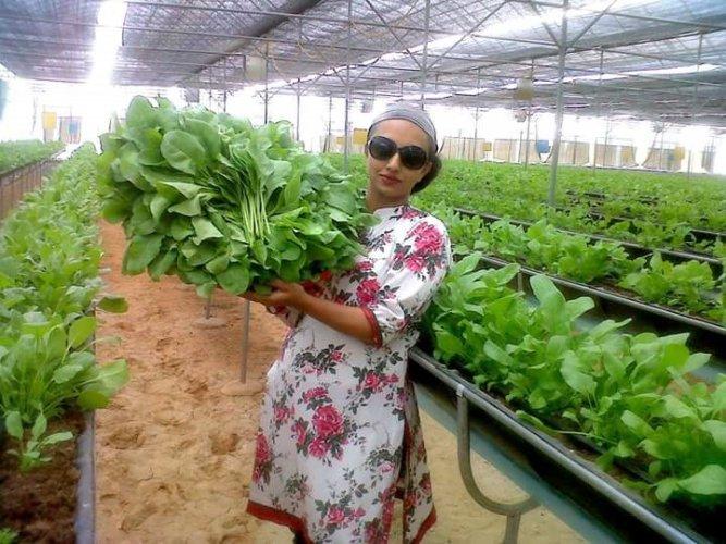 Sangeeta Bojappa Moorthy got an award for women's entrepreneurship in farming.