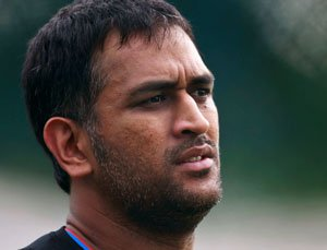BCCI to look into Dhoni's 'conflict of interest'
