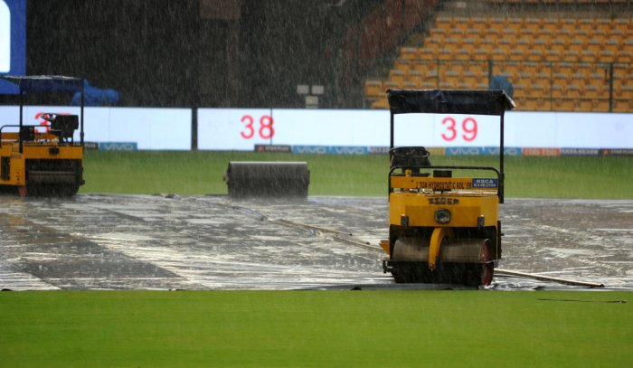 PAT ON THE BACK The Chinnaswamy Stadium was appreciated highly for having the best drainage system during the Annual Curators' Conclave in Mumbai. DH FILE PHOTO