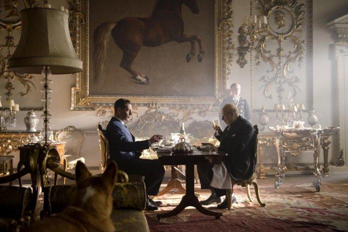 Gary Oldman as Winston Churchill and Ben Mendelsohn as King George VI in The Darkest Hour.