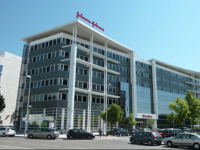 The Central Drugs Standards and Control Organisation (CDSCO) has asked the pharmaceutical major Johnson and Johnson (J&J) to cough up Rs 74.5 lakh as compensation to the first Indian victim of the faulty hip implants manufactured by the multinational company. Picture courtesy Wikipedia
