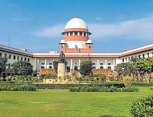 The Supreme Court on Tuesday asked the Union government to tells within two weeks if its orders for setting up a permanent mechanism to examine unnatural growth in assets of elected representatives were complied with. DH file photo