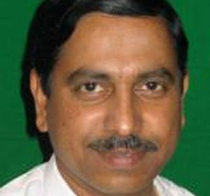 Joshi puts ball in BJP high command's court on BSY