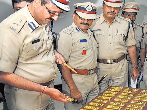 Rs 16.5 crore worth gold  haul at Kempegowda airport