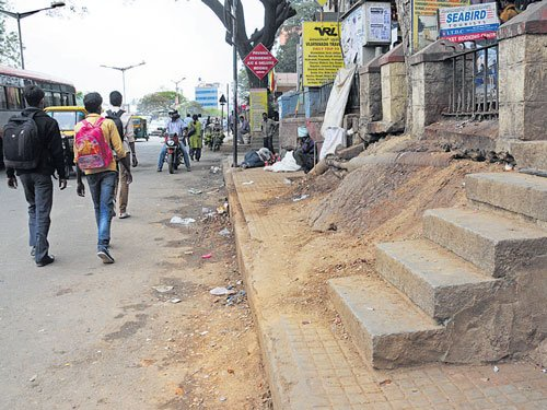 BMRCL, Army in tug of war over land ownership on Cubbon Road